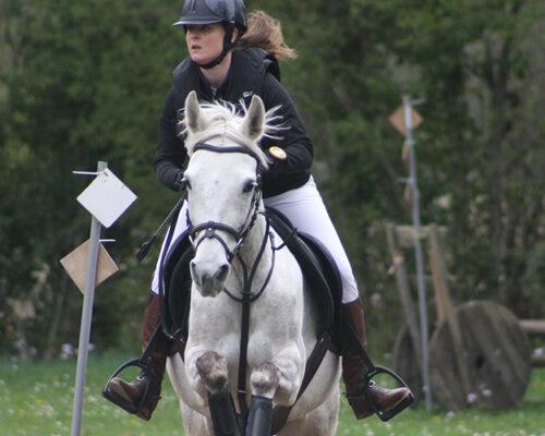 Equitation à la Chapelle-Rambaud avec Alexia
