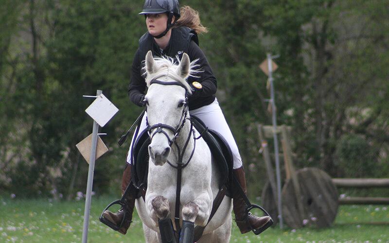 Image pour Equitation à la Chapelle-Rambaud avec Alexia