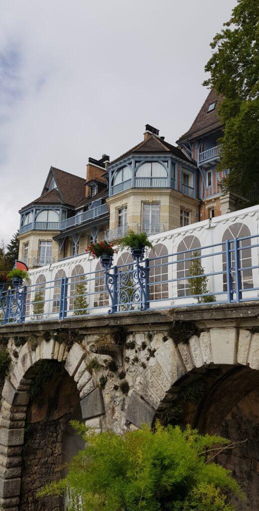 Château des Avenières ©ATMB