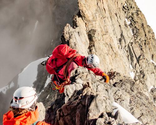 Course d'arête au Massif du Mont-Blanc