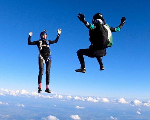 Saut en parachute depuis le Bourget-du-Lac avec Maureen